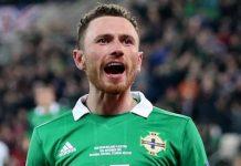 PANINI ADRENALYN EURO 2020 Irlande du Nord fans capitaine LOGO line up coéquipiers